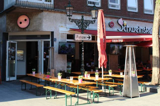 Schweinske Düsseldorf Slide 2
