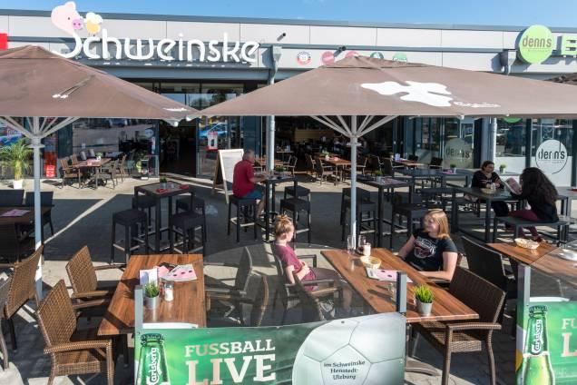 Schweinske Henstedt-Ulzburg Slide 2